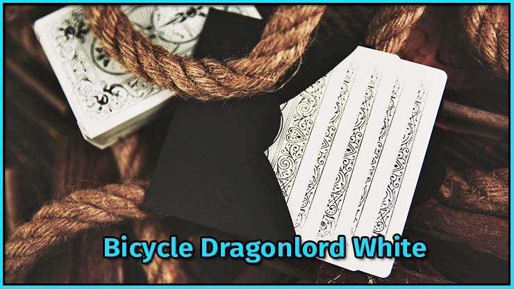 5 carte sortent d'une enveloppe entouré par une corde  du tour Bicycle Dragonlord White TCC Compagny