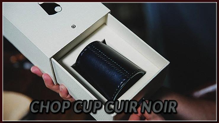 le chop cup noir est dans la boite de transport du tour Chop Cup Cuir Noir de TCC