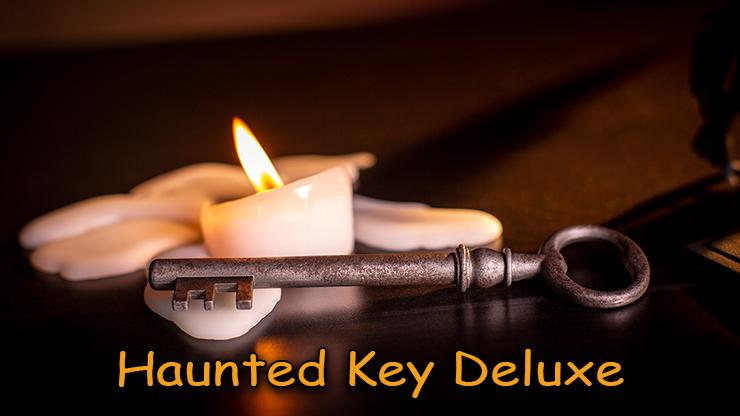 la clé et une bougie du tour Haunted-Key-Deluxe de murphy's magic