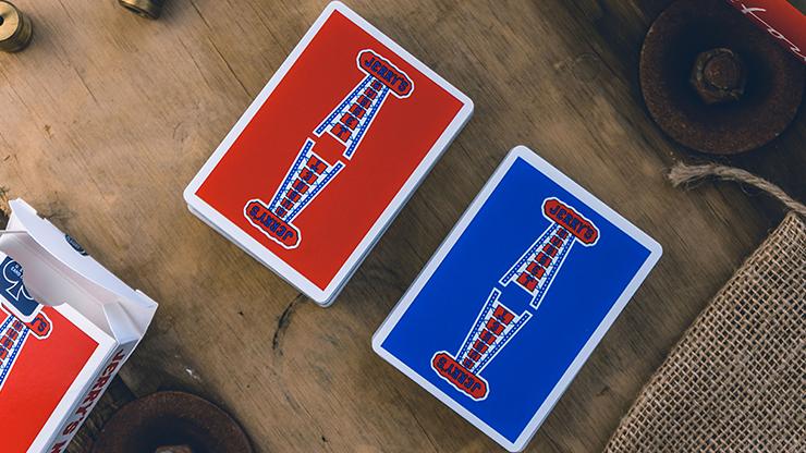 voici le dos des cartes jerry's nuggets, un bleu un rouge