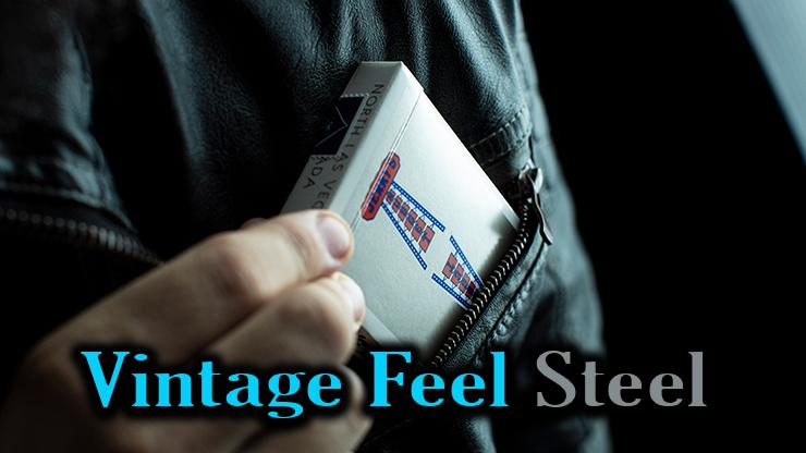 gros plan du jeu Vintage Feel Jerrys Nuggets Steel argent qui sort de la veste