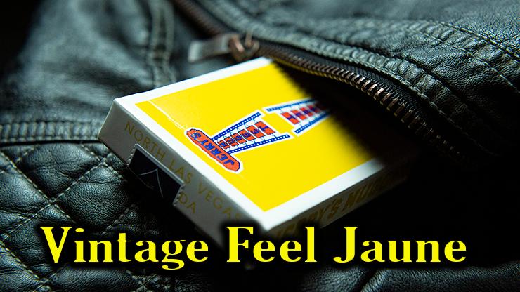 voici le nouveau jeu Vintage Feel Jerrys Nuggets Yellow dan la poche d'un jeans