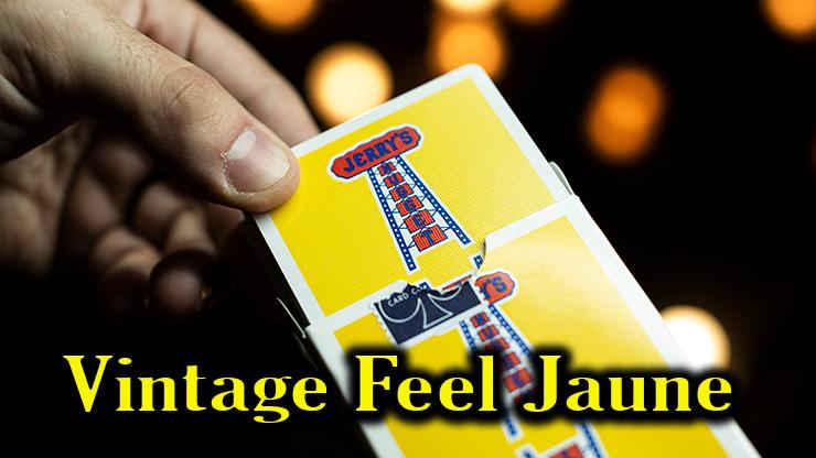 une carte a dos jaune sort d'un jeu Vintage Feel Jerrys Nuggets Yellow