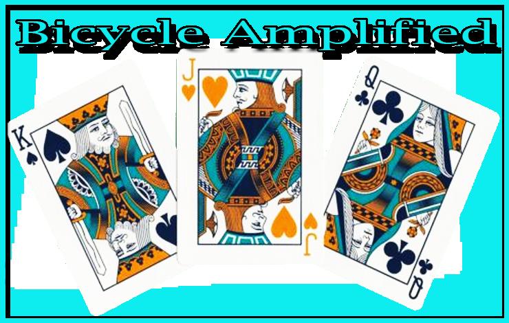 un roi de pique un valet de cœur et une dame de trèfle du jeu Bicycle Amplified