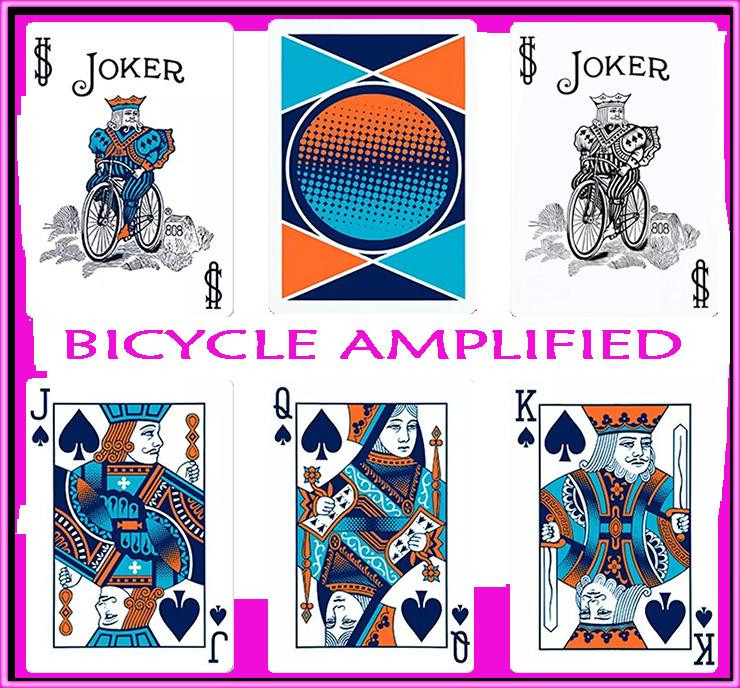 5carte vu de face dont deux jokers et les trois figures a pique plus une carte a dos du jeu Bicycle Amplified