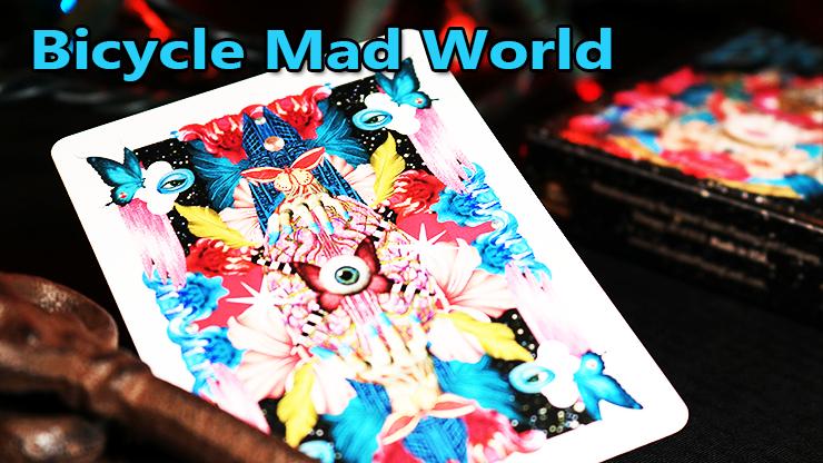 magnifique dos coloré avec des papillons du jeu Bicycle Mad World