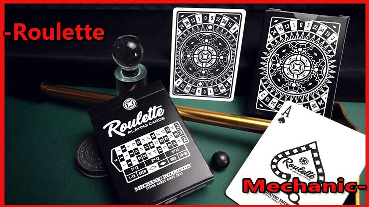 on voie l'étui un as de pique et une carte a dos du Jeu de Carte Roulette De Mechanic Industries.