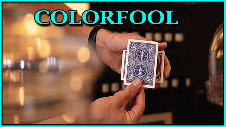 le magicien fait changer la couleur de la carte a vu du tour colorfool de victor zatko