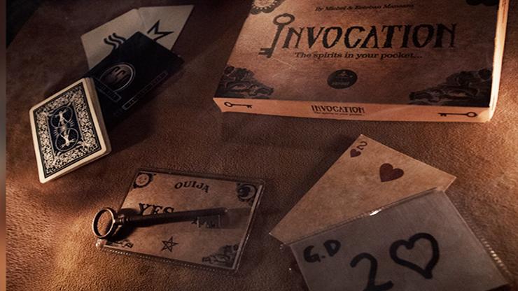 tout le materiel, les cartes la clé le ouija du tour Invocation de vernet