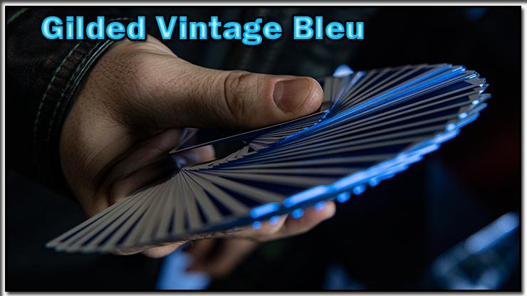 eventail en main réalisé avec le jeu Vintage Feel Jerry's Nuggets Gilded Bleu.