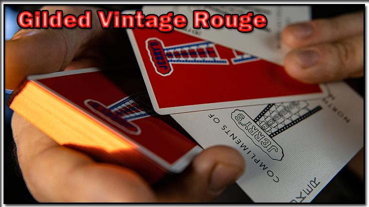 on voit le dos les tranche et les faces du Jeu Vintage Feel Jerry's Nuggets Gilded Rouge.