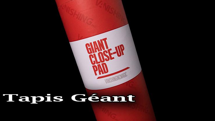 voici le tube d'ambalage de ce Tapis Géant - Giant Close-up Pad