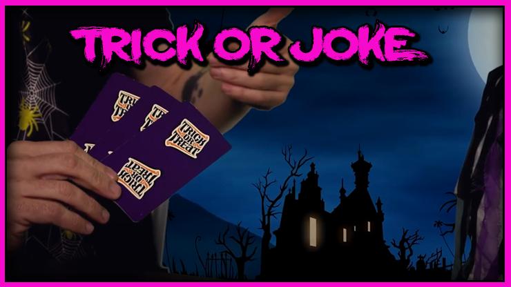 trois carte tenues en main du Tour Trick Or Joke De Gustavo Raley