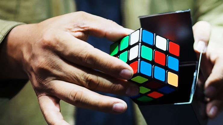 voici le cube mélangé de Wow Cube Masuda